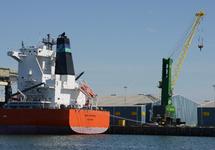 Zeeschip Sea Fortune aan de kade in de Scaldiahaven.
