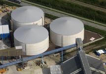 Bouw opslagtanks voor natte bulk bij Verbrugge Terminals aan de...