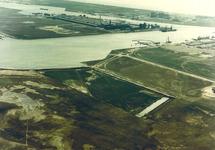 Luchtfoto aanleg eerste fase van de Bijleveldhaven te Vlissingen-Oost.