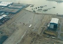 Bouwrijp maken terreinen en aanleggen steiger voor Cobelfret aan de...