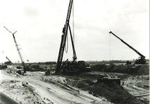 Bouw kadeverlenging met 360 m. HV 30 (mei 1980).