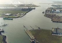 Luchtfoto Westhofhaven, gedeelte Bijleveldhaven en de Quarleshaven te...