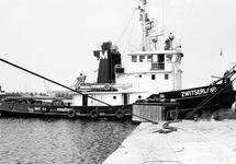 Sleepboot Zwitserland van Willem Muller in de haven van Terneuzen.