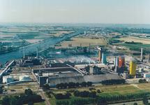 Luchtfoto fabriek Hydro Agri Sluiskil.