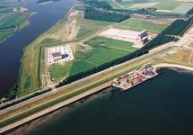 Luchtfoto Zeeland Container Terminal in de Braakmanhaven en Vos...