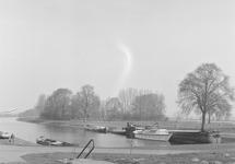 Zijkanaal E te Sas van Gent.