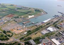 Luchtfoto Buitenhaven Vlissingen en omliggende terreinen.