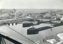 De brug bij Sluiskil voordat de kanaalverbreding werd gerealiseerd.