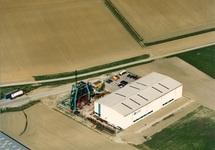 Luchtfoto loods Machinefabriek Sas van Gent.