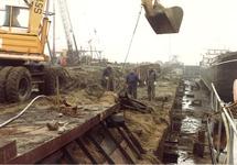 Aanleggen van een stalen damwand aan de westzijde van Zijkanaal A te...