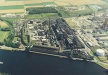 Luchtfoto Cokesfabriek (ACZC) te Sluiskil.