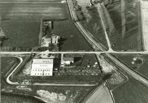 Serie boerderijen havengebied Vlissingen-Oost  Drieklauwenweg 8,...
