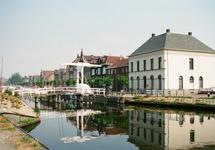 Ophaalbruggetje over het Zijkanaal H aan de Oostkade te Sas van Gent.