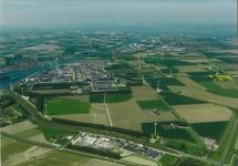 Luchtfoto Yara Sluiskil met zijkanaal C naar de Axelse Sassing.