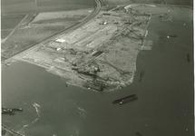 Overzicht bouw vestiging Pechiney Nederland N.V. met onder de...