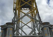 Offshore platform in de Bijleveldhaven.