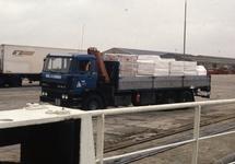 Vrachtwagen van Delta Ships and Industrial Service B.V. (DSIS) te...