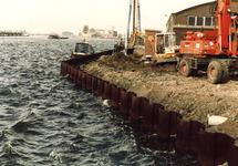 Vernieuwen stalen damwand aan de oostzijde van zijkanaal A, nabij...