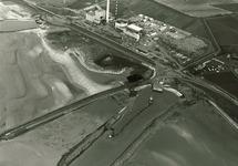 Overzicht bouw PZEM centrales. Op de voorgrond de inlaat van koelwater...