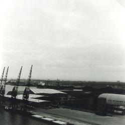 Overzichtsfoto gedeelte Zevenaarhaven en de Massagoedhaven.