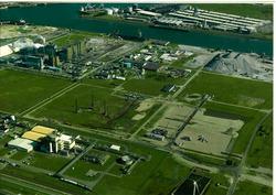 Luchtfoto Van Cittershaven met op voorgrond in aanbouw zijnde...