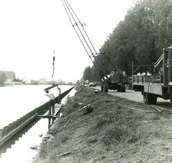 Vernieuwen damwand langs de noordwestzijde van zijkanaal B te...