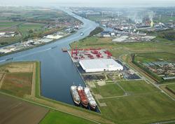 Autrichehaven met de gerealiseerde nieuwbouw van Vlaeynatie. In de...