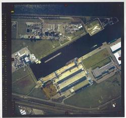 verticale luchtfoto havengebied Terneuzen. Coordinaten: 369220-47050,...