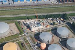 Bouw van een nieuw bedieningsgebouw  bij Total Raffinaderij.