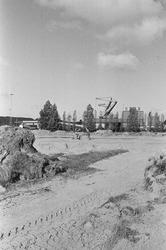 Bouwrijp maken van een terrein aan de Noorwegenweg te Terneuzen. Op de...