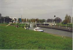 Middensluis bij Terneuzen. Foto gemaakt ten behoeve van het Port...