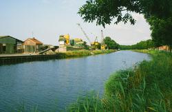 Bedrijven bij de Axelse Sassing aan zijkanaal C.