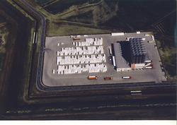 Luchtfoto van de vestiging van Vos Logistics in het Valuepark...
