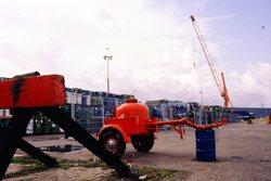 Opslag van vaten ergens in de haven van Vlissingen-Oost.