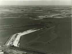 Luchtfoto aanleg havendammen te Vlissingen-Oost.