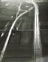 Luchtfoto gedeelte Rijksweg A 58 bij Vlissingen.