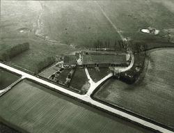 Serie boerderijen havengebied Vlissingen-Oost  Drieklauwenweg 1,...