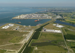 Valuepark Terneuzen, met Braakmanhaven, Logistiek Park, Dow Chemical...