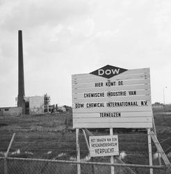 Slaan eerste paal ten behoeve van Dow Chemical.