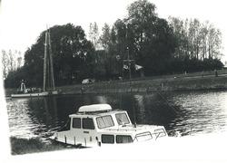 Het vernieuwen van een damwand te Sas van Gent.