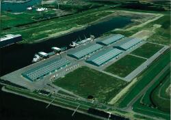 Luchtfoto Scaldiahaven Vlissingen-Oost, met terminal Verbrugge Scaldia...