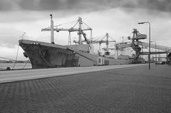 Zeeschip Evimeria aan de kade bij de Nederlandse Stikstof Maatschappij...