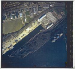 verticale luchtfoto havengebied Terneuzen. Coordinaten: 370655-46735,...