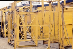 Kraanonderdelen voor het laden en lossen van schepen.
