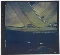 Verticale luchtfoto havengebied Terneuzen, kanaal ter hoogte van de...