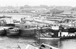 Schippersblokkade op het kanaal bij Terneuzen.