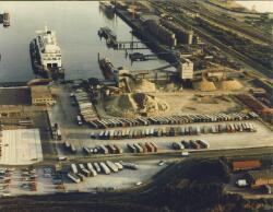 Luchtfoto van de terminal van de Olau Line en Sorteerbedrijf...