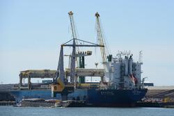 Zeeschip in de Kaloothaven.