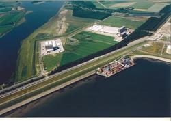 Luchtfoto Zeeland Container Terminal in de Braakmanhaven met de...