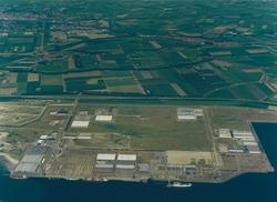 Luchtfoto van de Sloekade in de Quarleshaven te Vlissingen-Oost.